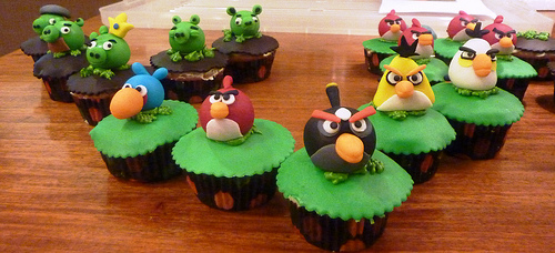 5395428741 771529f691 Cupcakes Angry Birds blog