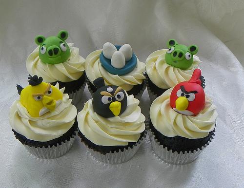 5460012920 87a9e28952 Cupcakes Angry Birds blog