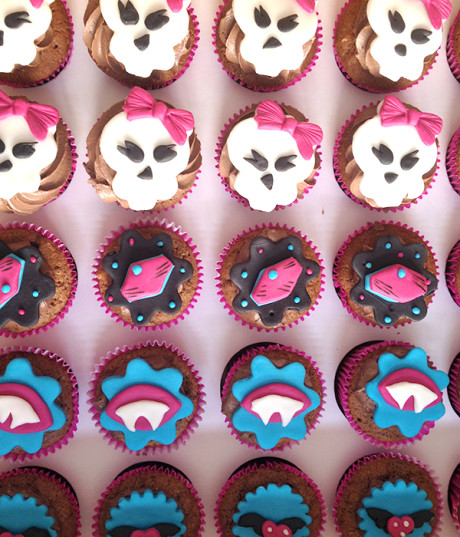 cupcake monster hight 460x537 Bolos e Tortas