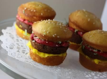 Cupcake Hamburger